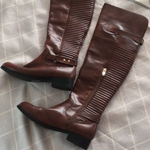 EUC knee high leather boots size 7